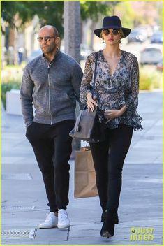 Jason Statham e sua rosie - se preparando para a chegado do seu primeiro filho...