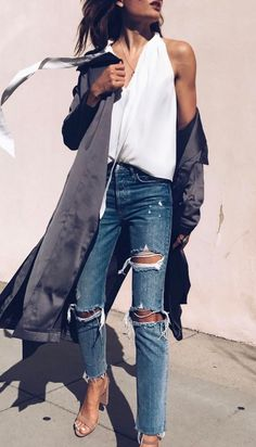 cool outfit idea white top + rips