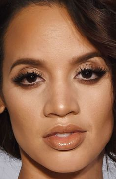 Close-up of Dascha Polanco at the 2015 Glamour Women of the Year Awards. http://beautyeditor.ca/2015/11/16/glamour-women-of-the-year-awards-2015