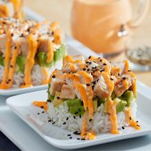 Roll Chicken Stack Our deconstructed California roll chicken stack is both elegant and delicious, but so easy to prepare!Our deconstructed California roll chicken stack is both elegant and delicious, but so easy to prepare! California Rolls, California Roll Sushi, California Chicken, California California, Sushi Recipes, Asian Recipes, Cooking Recipes, Healthy Recipes, Dinner Recipes