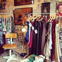 Vintage shop in the centre of Reggio Emilia - Instagram by @thinkingnomads Reggio Emilia, Wardrobe Rack, Vintage Shops, Furniture, Shopping, Home Decor, Fashion, Moda, Decoration Home