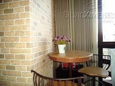 Conforto e estilo em um lindo 3 quartos no Luxemburgo! #àvenda Com suíte, 2 vagas, lazer completo e uma bela vista! Visite o imóvel. Agende com nossos consultores: 3247-1000 ou entre no site www.ximenes.com.br com o código 33484 #ximenes #imóvel #decoração #mesa #madeira