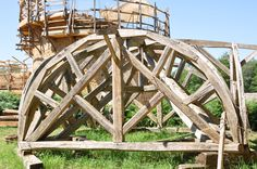 Medieval type centering for building a ribbed dome in the castle of Guedelon (Burgundy - France) (c) Gery de Pierpont