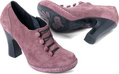 Born Womens Hetty in Cipolla (Suede)  The color just works for me :)
