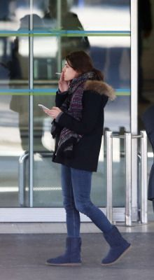 Welcome to your source for everything related to Charlotte Casiraghi, ambassadress of Gucci & Mont Blanc and in line to the Monegasque throne. Boyish Style, Winter Outfits, Winter Fashion, Charlotte, Winter Jackets, Daughter, Chic, Womens Fashion, People