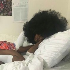 Natural Hair Inspiration, Natural Hair Tips, Natural Hair Styles, Black Girls Hairstyles, Afro Hairstyles, Cabello Afro Natural, Style Afro, Peinados Pin Up, Pelo Afro