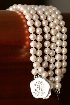 Bridal jewelry - Grandma's Pearls - AnnasWeddings.com | New York and NJ Wedding Photography