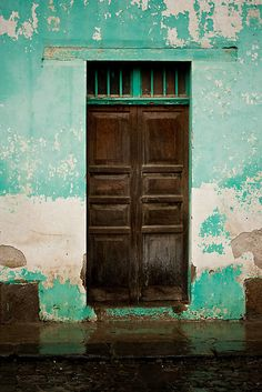 Antigua, Guatemala ... we saw many unique doors there!