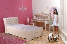 מיטה מעוצבת לילדה מעץ מלא במבצע - האוס אין