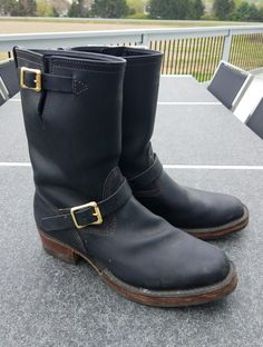 New custom boots finally came from Wesco. Japanese narrow boots in size Bottes Red Wing, Custom Boots, Engineer Boots, Motorcycle Boots, Western Outfits, Cool Boots, Deconstruction, Fashion Boots, Leather Shoes