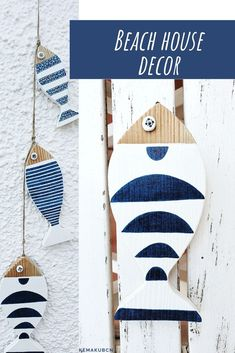 Beach & Coastal Decor Accessories by KemaKubcn This Wooden fish string will add a touch of Mediterranean style to your home. This is a great gift for lovers of the ocean, the seaside and those looking to add a nautical touch to their home. Fish wall hanging | Beach house gift | Coastal wall décor | Beach lovers gift