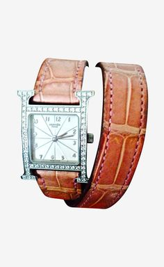Hermès Diamond And Pale Pink Watch | VAUNTE