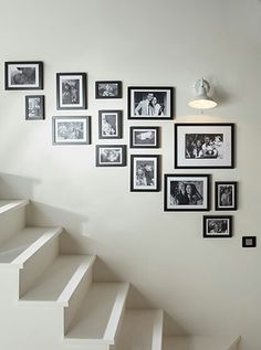 Inventive Staircase Design Tips for the Home – Voyage Afield Staircase Wall Decor, Stair Walls, Hallway Decorating, Interior Decorating, Interior Design, Gallery Wall Layout, Gallery Frames, Home And Living, Living Room Decor