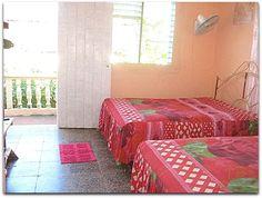 Vista de la habitación. Vinales, Bed, Furniture, Home Decor, Decoration Home, Stream Bed, Room Decor, Home Furnishings, Beds
