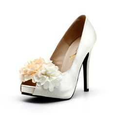 Items similar to Ivroy White Satin Wedding Shoes with Fabric Flowers on Etsy Wedding Shoes Online, Satin Wedding Shoes, Wedding Heels, Bridal Shoes, Ivory White, White Satin, Peep Toe Platform, Dream Wedding, Party Wedding