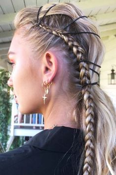 Dutch Lace Braid #lacebraid #braids ❤️ Check out our collection of easy-to-do hairstyles with braids and try to style your hair in a similar way. ❤️ See more: http://lovehairstyles.com/braided-hairstyles-for-spring/ #lovehairstyles #hair #hairstyles #haircuts
