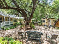 Pomegranate House and Cottages in Granbury, TX.
