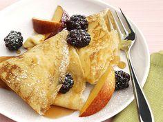 swedish pancakes (best w/ strawberries or cinnamon) a way to my Finnish heart <3