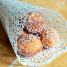 donut holes- they would go with the brunch food! Powder sugar holes as bunny tails @ Easter Brunch Party, Brunch Wedding, Brunch Food, Bagan, Donut Holes, Reception Food, Boston Cream Pie, Just Desserts, Baking Recipes