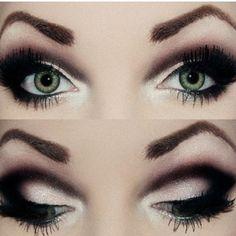 black/ light pinkish smokey eye