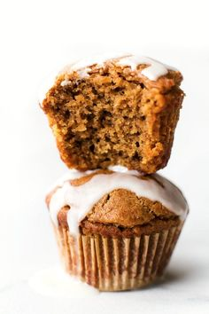 Low Carb Keto Cinnamon Roll Muffins (Paleo, Vegan, Sugar Free, Gluten Free)- A quick and easy recipe for fluffy bakery style high protein muffins tasting like a cinnamon roll- 6 ingredients, freezer-friendly and a healthy breakfast or snack! #ketobaking #lowcarb #proteinmuffins #sugarfree | Recipe on thebigmansworld.com