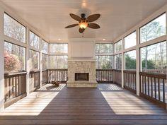 32 Ideas For Backyard Fireplace Patio Screened Porches Screened Porch Decorating, Screened Porch Designs, Screened Porches, Back Porch Designs, Screened In Deck, Covered Porches, Enclosed Porches, Covered Decks, Porch Fireplace