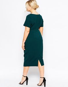 Teal dress. Corporate style. Office wear. Plus size style.