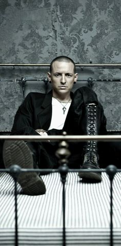 Chester Bennington :DBS Photo Session 2008