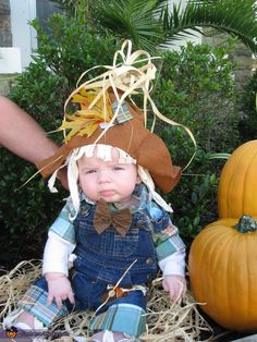 This would be cute for Keaton: Mommy's Little Scarecrow - Homemade costumes for babies