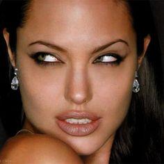 Lady Croft #AngelinaJolie #LaraCroft