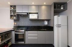 The Best of Little Apartment Kitchen Decor - Home of Pondo - Home Design Kitchen Room Design, Kitchen Sets, Interior Design Kitchen, Kitchen Decor, Kitchen Modern, Vintage Kitchen, Floating, Apartment Interior Design, Cuisines Design