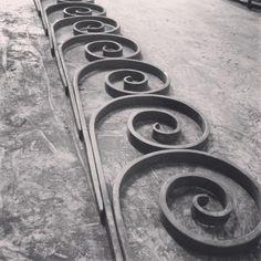 Scrolling in the workshop. #scrolls #metalwork #blacksmith...