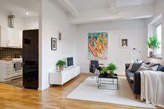 Una casa de un tamaño normal pero a la que se ha sabido sacar mucho partido con la decoración y los espacios abiertos.