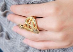 Statement Snake Ring // Storets.com // #STORETS #accessories #jewelry