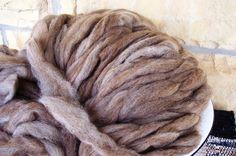 brown and white icelandic wool roving 1 lb by PeterPaulAndLarry, $32.00