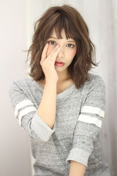 (K two) ?K-two? Permed Hairstyles, Pretty Hairstyles, Medium Hair Styles, Curly Hair Styles, Medium Layered Haircuts, Layered Lob, Poses References, My Hairstyle, Asian Hair