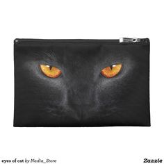 eyes of cat travel accessory bag