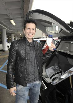 Hal Sparks and his Nissan Leaf