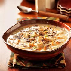 Chicken Wild Rice Soup My favorite type of soup. Well the creamy chicken wild rice anyways. Chicken Wild Rice Soup, Creamy Chicken, Onion Chicken, Cooked Chicken, Chicken Soups, Roasted Chicken, Rotisserie Chicken, Soup Recipes, Cooking Recipes