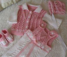 Pantolonlu ceketli örgü bebek takımı modeli