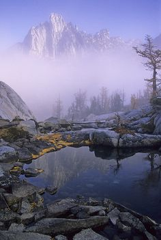 Prusik Peak in early morning fog as seen from Leprechaun Lake. Enchantments, Alpine Lakes Wilderness, Washington Hiking Trails, Go Hiking, Wonders Of The World, Leprechaun, Oregon Travel, Travel Usa, Washington Usa, Day Hike, Pacific Northwest