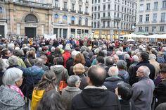 Le cercle de silence de Lyon. Cette initiative, déjà ancienne, rappelle ce qui devrait être une évidence pour toute conscience humaine