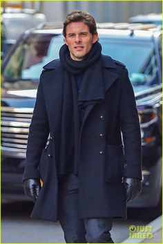 James Marsden Steps Out in NYC with Rumored Girlfriend Edei: Photo James Marsden bundles up while braving the cold weather for a stroll around town on Thursday (March in New York City. Touched By An Angel, James Marsden, Actor James, Evolution Of Fashion, New Class, Dapper Men, Best Model, Fashion Suits, Male Fashion