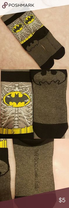 🌟BATMAN🌟 NWOT Socks I bought these bcuz of my love for Batman but they fit very tight on me. I barely got one on, took it off, washed them & here we are!!! If you have any questions please feel free to ask!! Most items can be shipped the same day. As always from a smoke and pet free home!! Underwear & Socks Casual Socks