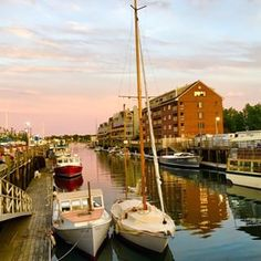 33. Strolling through the Old Port, Portland's downtown district. | 39 Amazing Things That Will Make You Fall In Love With Portland, Maine