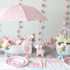 Baby girl shower themes, baby shower fun, baby shower cakes, baby s Baby Girl Shower Themes, Baby Shower Fun, Baby Shower Cakes, Baby Shower Parties, Baby Shower Gifts, Fun Baby, Shower Party, Baby Shower Centerpieces, Baby Shower Decorations