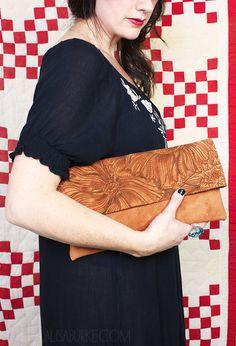 alisaburke: fashion friday- leather fold over clutch - use a wood burning tool on leather