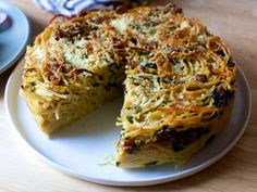 Get this all-star, easy-to-follow Spaghetti Carbonara Pie recipe from Food Network