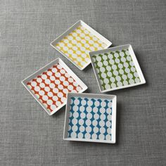 From tapas parties to casual dinners with friends, appetizer and dessert plates from Crate and Barrel let you serve small bites stylishly. Order online.