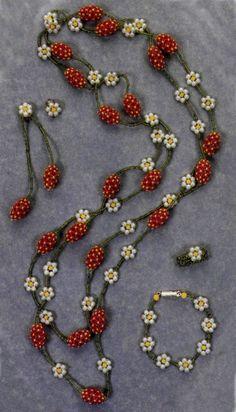 """Set """"Strawberries"""" (beads, clips, bracelet, ring) tutorial"""